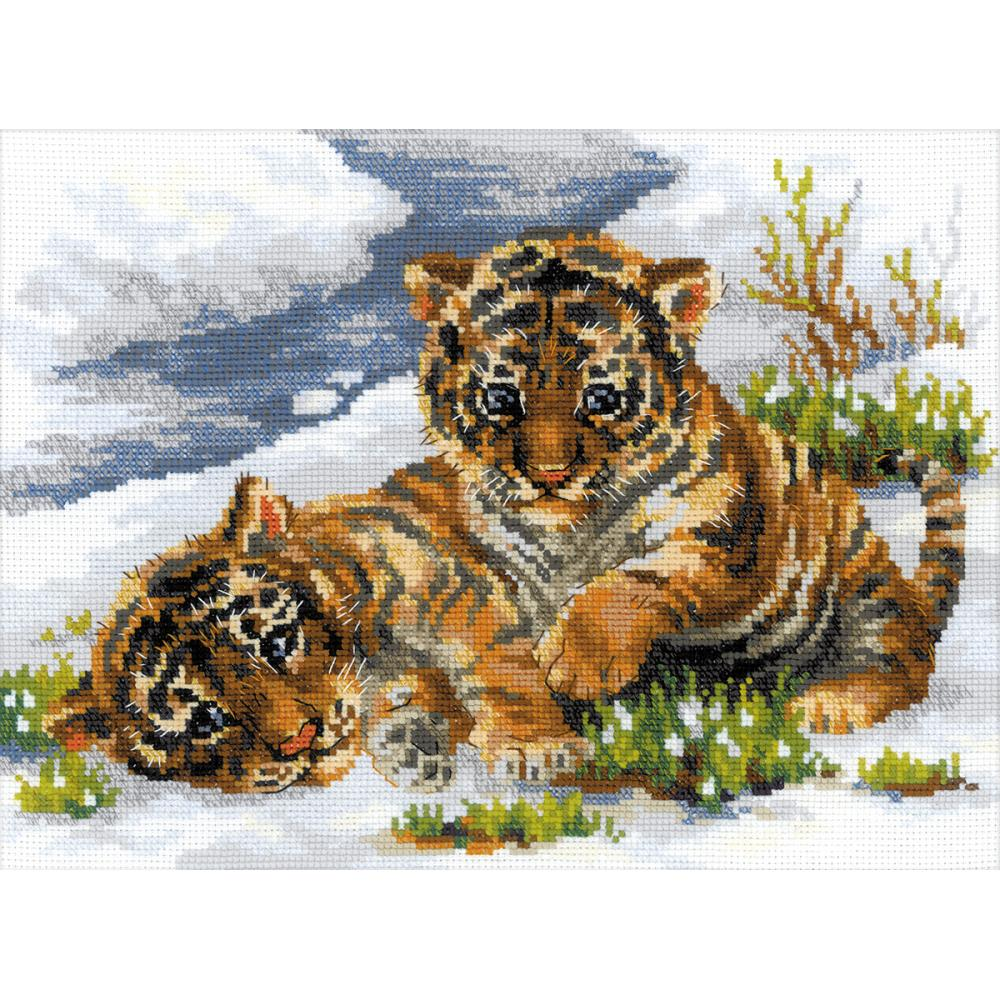 Tiger Cubs In Snow (10 Count)