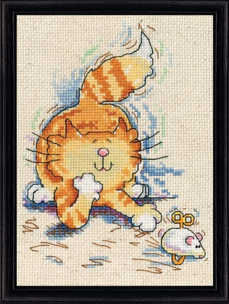 Cat & Mouse Counted Cross Stitch Kit