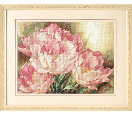 Gold Collection Tulip Trio Counted Cross Stitch Kit