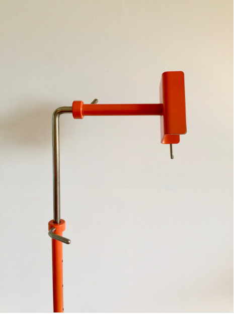 Complete Clementine-Orange Color Workstand